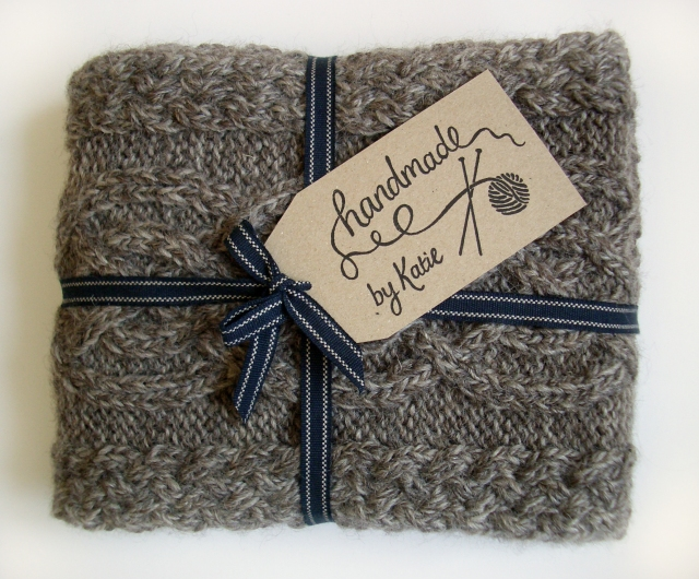Handmade by Knitter's Stamp Label